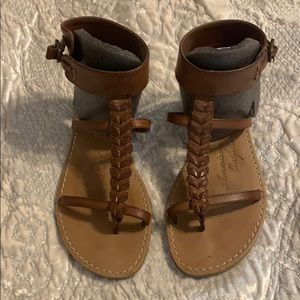 American Eagle gladiator style sandals
